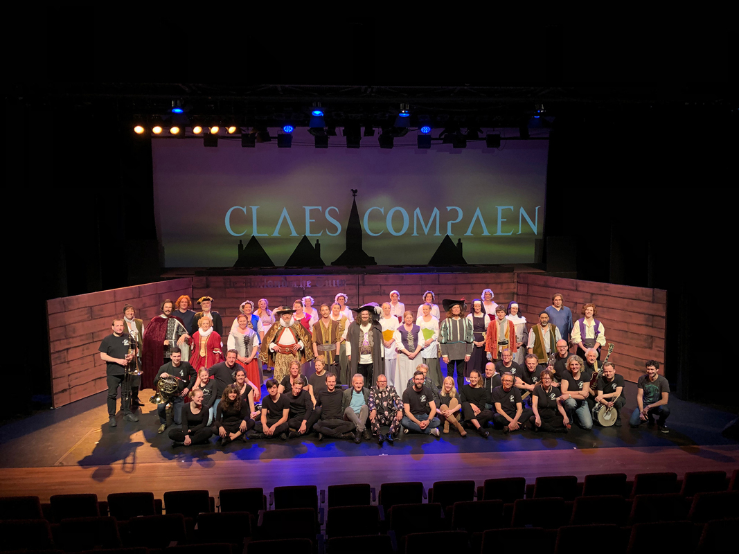Cast & crew-3